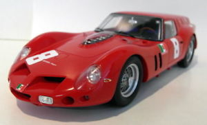 【送料無料】模型車 モデルカー スポーツカースケールフェラーリ#ブランズハッチfujimi 118 scale resin fjm1218001 1962 ferrari breadvan 8 brands hatch