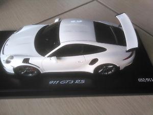 【送料無料】模型車 モデルカー スポーツカーポルシェグアテマラルピーモデルポルシェドライバーwap0219120h porsche 911991 gt3 rs 118 model genuine porsche driver selection