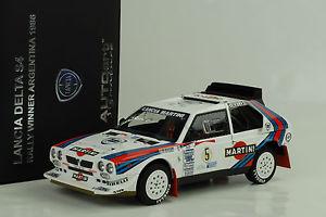 【送料無料】模型車 モデルカー スポーツカーランチアデルタマティーニ#ラリーアルゼンチン1986 lancia delta s4 martini 5 gagnant rallye argentine 118 autoart