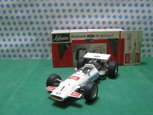 【送料無料】模型車 モデルカー スポーツカービンテージブラバムフォーミュラミントvintage schuco 1075 brabham bt 33 formel 1 formula 1 mint