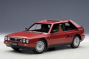 【送料無料】模型車 モデルカー スポーツカーランチアデルタautoart lancia delta s4 1985red 118