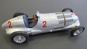 【送料無料】模型車 モデルカー スポーツカーメルセデスラング#ドニントンモデルmercedes w125 h lang 2 donington gp 1937 118 cmc cmc114 model
