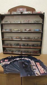 【送料無料】模型車 モデルカー スポーツカーダイカストフォーミュラカーシェルフフルセットrare full set of 25 rba collectibles diecast formula 1 cars and shelf with books