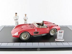 モデルカー スポーツカーマセラッティ300sエンジン2ケース118モデルバージョンmaserati 【送料無料】模型車 figurines 118 2 case model engine 300s version display dirty with