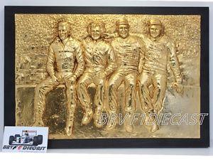 【送料無料】模型車 モデルカー スポーツカーアイルトンエストリルセナロータスマンセルプロストピケf1 1986 ayrton senna lotus 98t in estoril with mansell, prost and piquet gold
