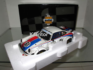 【送料無料】模型車 モデルカー スポーツカーポルシェ#デイトナフィニッシュライン118 exoto, porsche 934 rsr 61 busby daytona 24h 1977 finish line, rlg18099fl