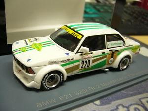 【送料無料】模型車 モデルカー スポーツカーサイズトロフィー#ネオbmw e21 323i size 2 youngtimer trophy munhowen moutarde 220 2012 neo resin 143