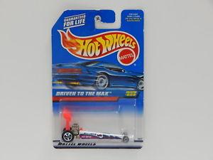 【送料無料】模型車 モデルカー スポーツカーホットホイールロングカードタイホットホイール164 driven to the max 1998 hot wheels long card made in thailand hot wheels