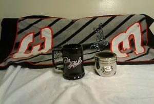 【送料無料】模型車 モデルカー スポーツカータオルマグカップホルダーearnhardt jr 3, 42 towel, mug and can holder