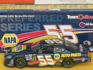 【送料無料】模型車 モデルカー スポーツカーマイケル#ナパシリーズチームキャリバー124 michael waltrip 55 napa 2006 preferred series team caliber car