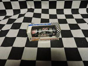 【送料無料】模型車 モデルカー スポーツカージミーヘンズリー#フォードサンダーバード1992 revell 164 jimmy hensley 66 ford thunderbird