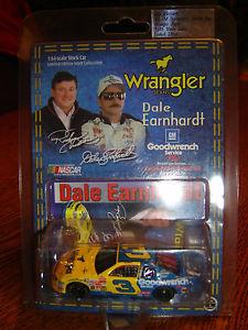 【送料無料】模型車 モデルカー スポーツカー#デイルアーンハートラングラージーンズウィンストンアクション3 dale earnhardt sr goodwrench wrangler jeans winston 1999 action 164
