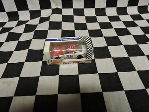 【送料無料】模型車 モデルカー スポーツカーケニーウォレス#ポンティアックグランプリ1992 revell 164 kenny wallace 36 dirt devil pontiac grand prix
