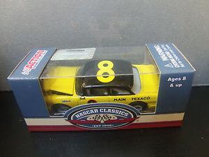 【送料無料】模型車 モデルカー スポーツカーデイルアーンハートフォードビクトリア#メインテキサコカバーdale earnhardt 1956 ford crown victoria 8 main texaco 164 hood open