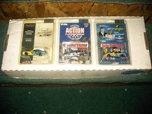 【送料無料】模型車 モデルカー スポーツカーデイルアーンハートアクションラングラープラスdale earnhardt sr 164 action 3 cars 79 ventura wrangler, 98 plus, 99 wrangler