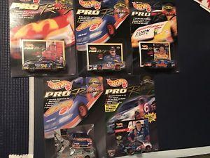 【送料無料】模型車 モデルカー スポーツカーホットホイールダイカストプロレーシングセットhot wheels pro racing set of 5 nascar diecast 164