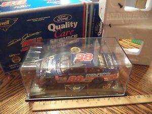 【送料無料】模型車 モデルカー スポーツカーデイルジャレット#フォードトーラスオリジナルボックス1998 revell dale jarrett 88 quality care ford taurus 124 in orig box