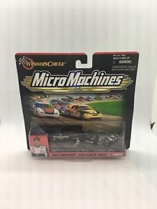 【送料無料】模型車 モデルカー スポーツカーデイルアーンハートレースホーラシリーズdale earnhardt 1999 race hauler series nascar