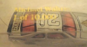 【送料無料】模型車 モデルカー スポーツカーダイカストフォードトーラス#マイケルスケールnascar diecast ford taurus 21 michael waltrip racecar scale 164 era 1996