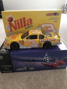 【送料無料】模型車 モデルカー スポーツカーデイルアーンハートジュニア#ウェーハモンテカルロdale earnhardt jr 3 nilla wafers 2002 monte carlo 124 nib
