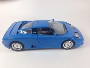 【送料無料】模型車 モデルカー スポーツカーブガッティダイカスト118 bugatti 110eb diecast by burago
