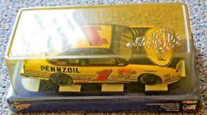 【送料無料】模型車 モデルカー スポーツカースティーブパークパフォーマンススケールカーsteve park nascar winners circle high performance diecast 124th scale car 2001