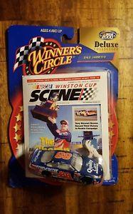 【送料無料】模型車 モデルカー スポーツカーデイルジャレット#スケールデラックスコレクションwinners circle dale jarrett 88 164 scale deluxe collection