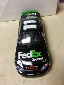 【送料無料】模型車 モデルカー スポーツカーデニーハムリン#モンテカルロdenny hamlin 11 fedex ground 2006 monte carlo 124