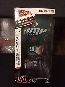 【送料無料】模型車 モデルカー スポーツカーサークル#デイルアンプ#セット#2009 164 winners circle 88 dale jr amp 2 car set limited edition 034;1 of 5,000034;