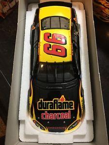 【送料無料】模型車 モデルカー スポーツカーウォーレス#rusty wallace 124 2004 duraflame reverse 66 1504