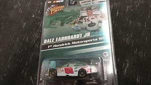 【送料無料】模型車 モデルカー スポーツカーデイルアーンハートジュニアマウンテンデュー2008 winners circle dale earnhardt jr mountain dew 164 limited edition