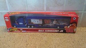 【送料無料】模型車 モデルカー スポーツカーデイルアーンハートジュニアdale earnhardt jr 88 national guard winners circle 164 nascar nib