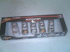 【送料無料】模型車 モデルカー スポーツカーコレクタースケールearnhardt menard dale jr truex nascar collector car set of 5 164 scale 2006