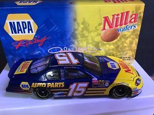 【送料無料】模型車 モデルカー スポーツカーボックスダイカストアクションマイケルナパ in box nascar diecast action collectable michael waltrip 2003 nilla napa