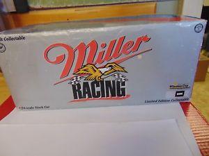 【送料無料】模型車 モデルカー スポーツカースケールウォーレス#ミラーレースフォード124 scale rcca rusty wallace 2 miller 25 years of racing 1996 ford