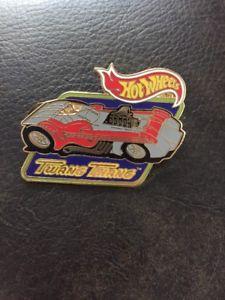 【送料無料】模型車 モデルカー スポーツカーホットホイールタンレースカーラペルピンhot wheels twang thang race car 1998 mattel lapel pin