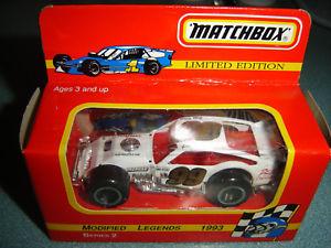 【送料無料】模型車 モデルカー スポーツカー#マッチシリーズナツメグ99 ge bodine phils chev matchbox modified legends series 2 nutmeg 164