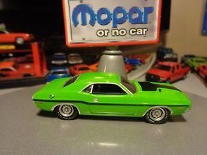 【送料無料】模型車 モデルカー スポーツカーダッジチャレンジャーリアルライダーgreenlight 1970 dodge challenger rt 426 hemi sublime green real riders 164 8