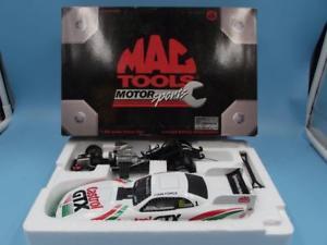 【送料無料】模型車 モデルカー スポーツカーモータスポーツアクションジョンフォースマスタングツールmac tools motor sports 124 action john force castrol 1997 mustang funny car mib