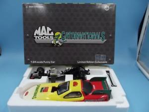 【送料無料】模型車 モデルカー スポーツカーモータスポーツアクションポンティアックツールmac tools motor sports 124 action 1998 pontiac gatornationals funny car mib