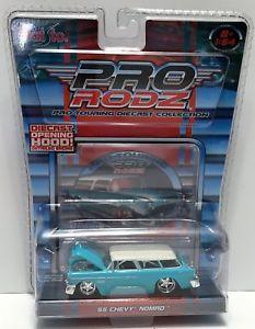 【送料無料】模型車 モデルカー スポーツカー#;シボレーノマドtas033819 2005 maisto pro rodz protouring diecast 039;55 chevy nomad