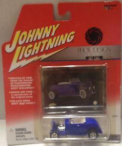 【送料無料】模型車 モデルカー スポーツカージョニーフォードtas010296 2001 johnny lightning photodesign 1932 ford hiboy diecast
