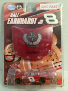【送料無料】模型車 モデルカー スポーツカー#サークルレースカーデイルアーンハートジュニアtas032648 winner039;s circle nascar racing diecast car dale earnhardt jr 8