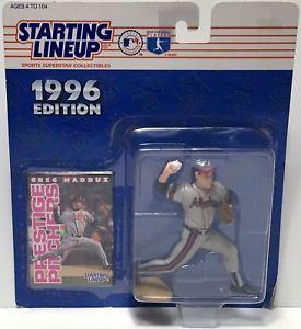 【送料無料】模型車 モデルカー スポーツカーハズブロラインナップリーググレッグマダックスtas034790 1996 hasbro starting lineup figure mlb baseball greg maddux