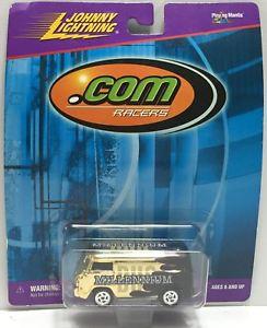 【送料無料】模型車 モデルカー スポーツカージョニーレーサーミレニアムバスtas037652 1999 johnny lightning com racers millennium bus