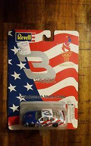 【送料無料】模型車 モデルカー スポーツカーデイルアーンハート#スケールアトランタrevell dale earnhardt 3 164 scale atlanta 1996 nip free shipping