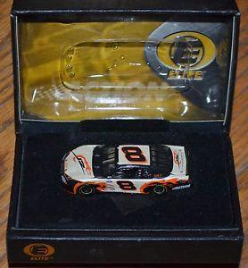 【送料無料】模型車 モデルカー スポーツカーアクションエリートデイルアーンハートジュニアaction elite nascar 2003 dale earnhardt jr 8 164 dmp