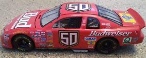【送料無料】模型車 モデルカー スポーツカーシボレーモンテカルロレーシングアクション50 1998 chevrolet monte carlo bud pedigree racing action 124