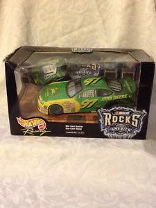 【送料無料】模型車 モデルカー スポーツカーホットホイールレーシングロックスアメリカダイカストギターアンプボックスオン