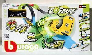 【送料無料】模型車 モデルカー スポーツカー#カーレースカーセットボックスbburago 034;high speed highway034; with car race car set in box